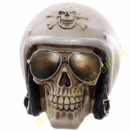 objet-decoratif-tete-de-mort-biker-avec-casque-et-lunettes-de-soleil.jpg